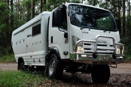 Isuzu NPS expedition